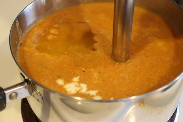Суп с красным перцем и цветной капустой