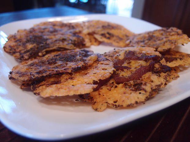 Сырные кето-чипсы