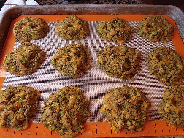 Печенье из брокколи и сыра