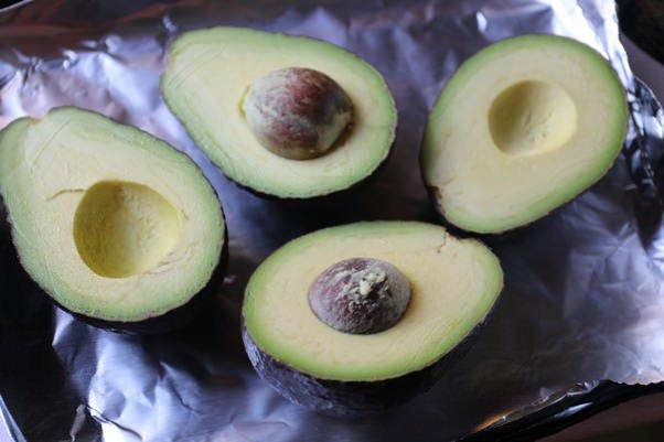 Сорбет из авокадо, лайма и кинзы