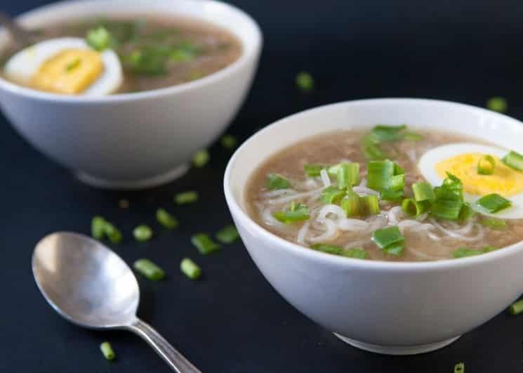 Мясной кето-суп с лапшой ширатаки