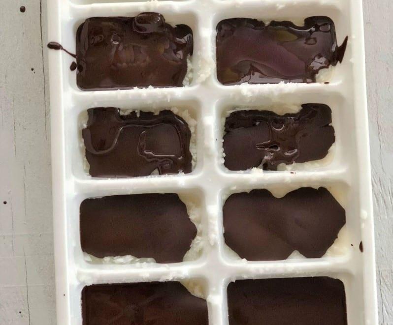 Шоколадно-кокосовые жирные бомбы