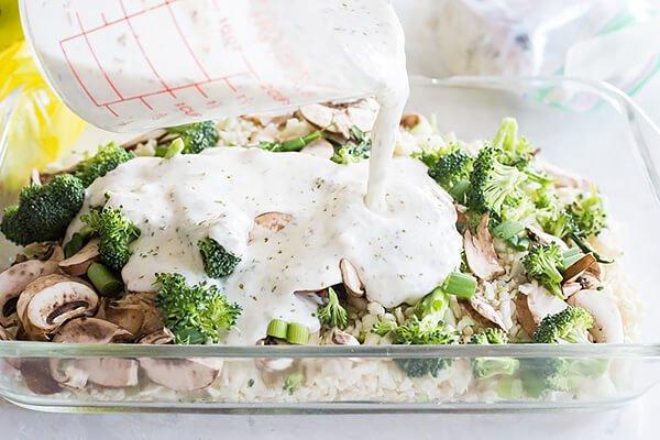 Куриная запеканка с овощами под сливочным соусом