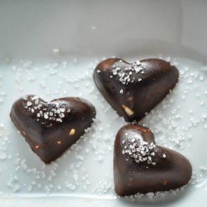 Кето-конфеты с орехами и морской солью