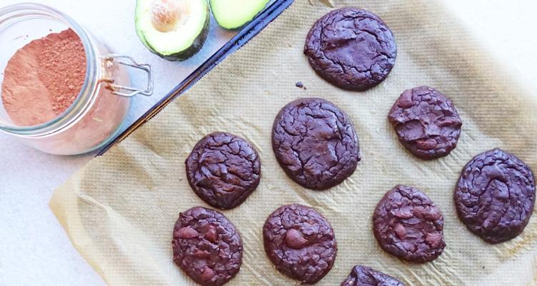 Шоколадное печенье с авокадо