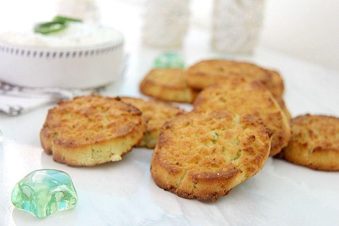 Сырные бисквиты с халапеньо