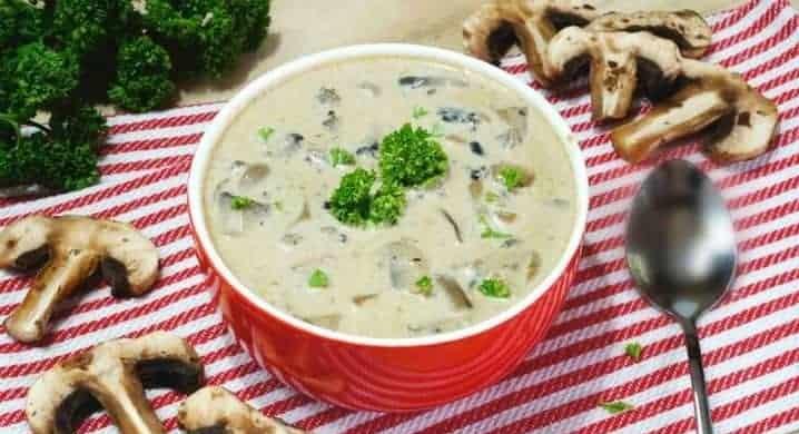 Низкоуглеводный сливочный суп с грибами