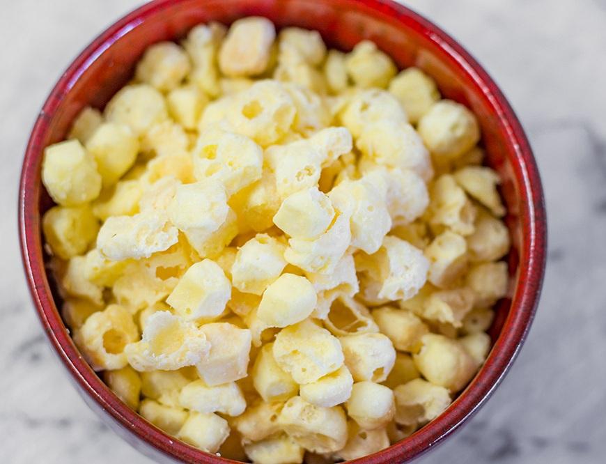 Низкоуглеводный попкорн из сыра