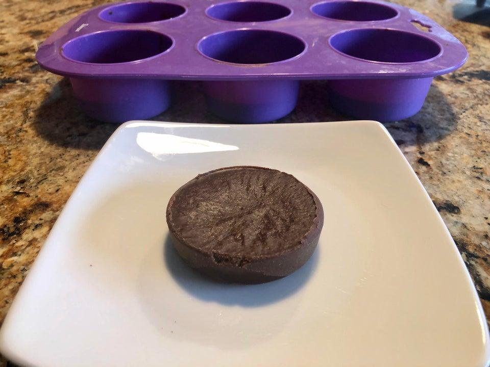 Шоколадно-арахисовые жирные бомбы