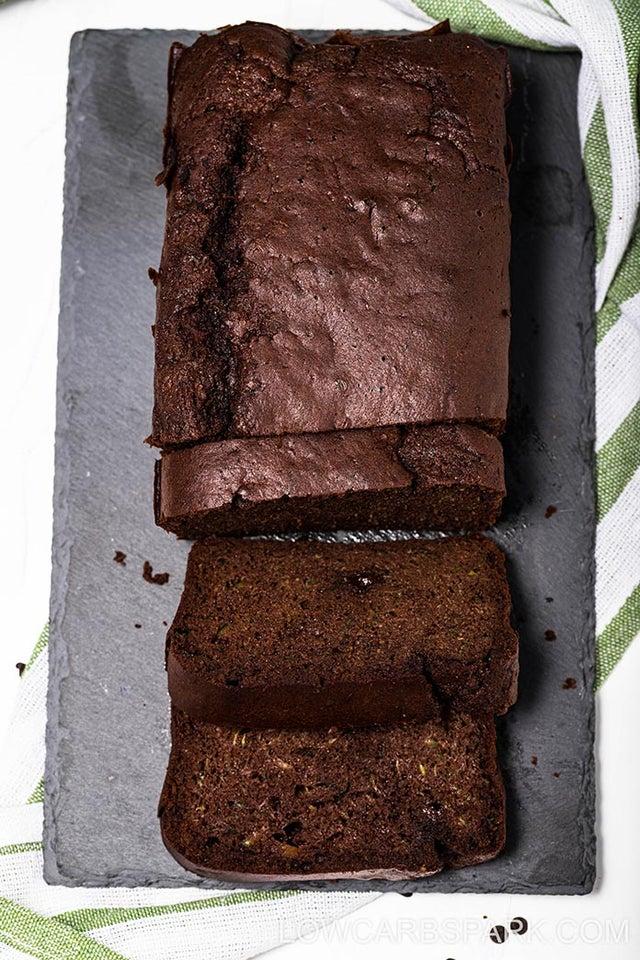 Шоколадный хлеб с цукини