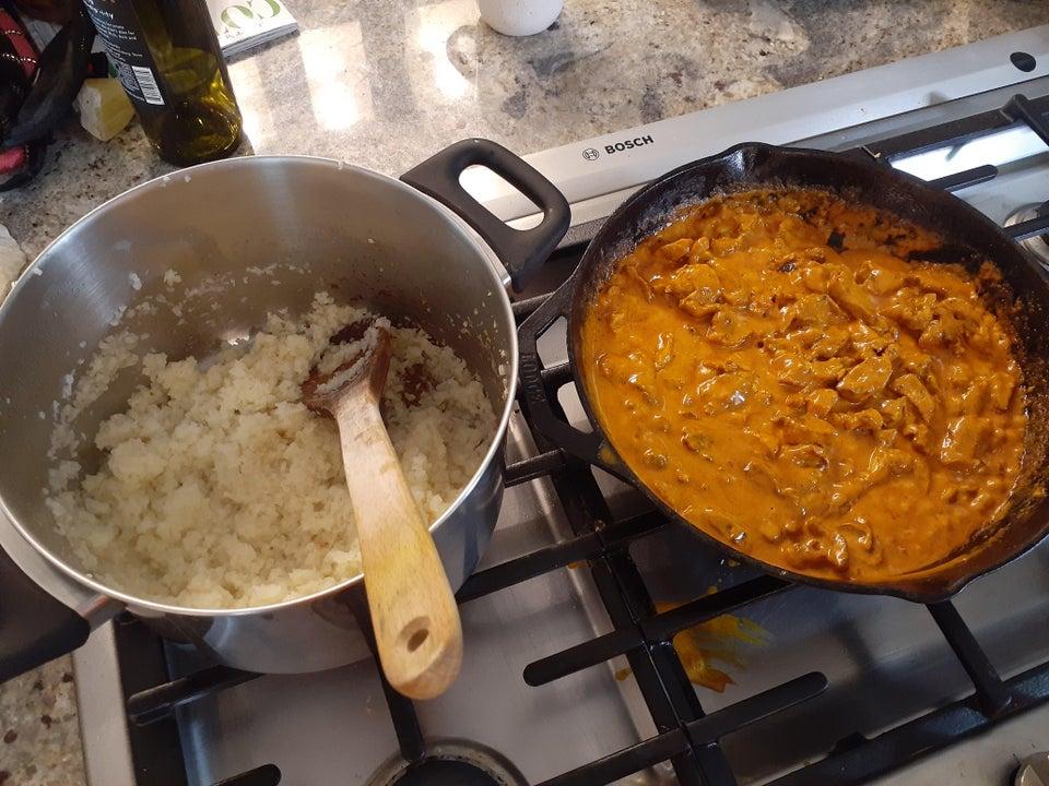 Кето-курица в сливочном масле по-индийски