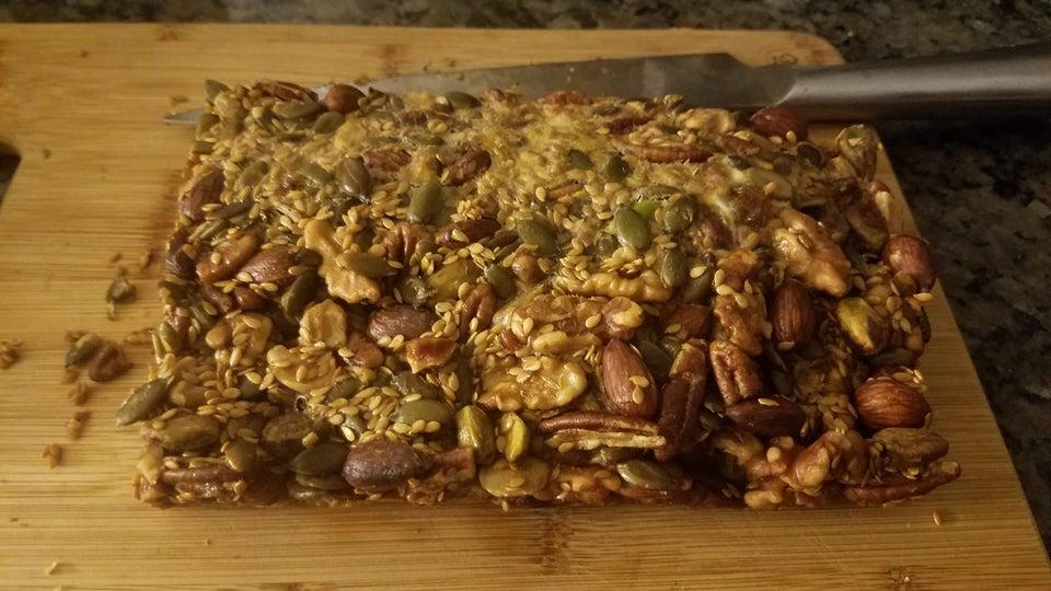 Ореховые кето-батончики мюсли